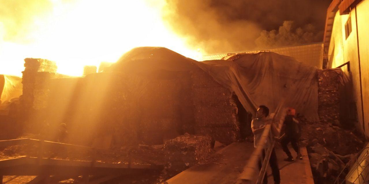 kebakaran di Batam Center