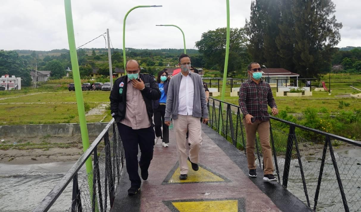 jembatan Tano Ponggol Samosir