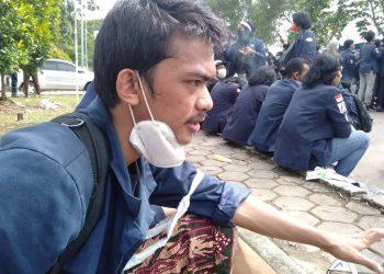 mahasiswa Batam demo