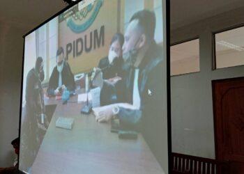 Sidang virtual di Pengadilan Negeri Batam. (Foto: Joni Pandiangan)