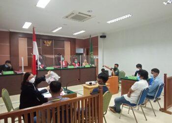 Persidangan di Pengadilan Negeri Batam. (Foto: Joni Pandiangan)