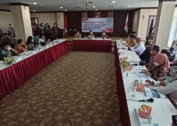 Kunjungan kerja Komisi IX DPR RI ke Batam di Gedung Graha Kepri, Batam Center, Senin, 15 Febuari 2021. (Foto: Fathur Rohim)