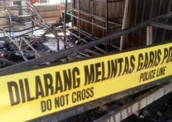 Ruko terbakar di Puri Brata Indah Blok K No 07, Kelurahan Sagulung Kota, Kecamatan Sagulung, Kota Batam. (Foto: Muhamad Ishlahuddin)