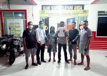 Keluarga korban membuat laporan di Polsek Sagulung, Batam. (Foto: Arsip Polsek Sagulung)