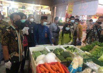 Inspeksi mendadak (sidak) bahan pangan di pasar-pasar Kota Batam, Kepulauan Riau, mulai digencarkan jelang Ramadan. (Foto: Arsip Polda Kepri)