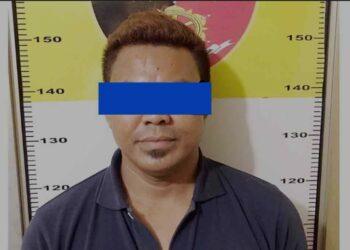 Pelaku penganiayan terhadap pacarnya, S (37). (Foto: Arsip Polresta Barelang)