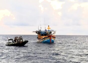 Kapal ikan Vietnam yang ditangkap Bakamla. (Foto: Arsip Bakamla)