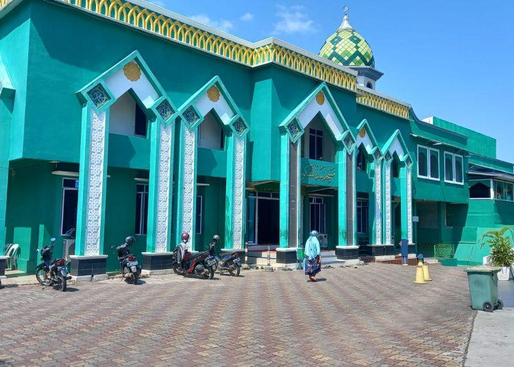 Masjid Jami' Baitusy Syukur, Jodoh, Batam, Kepulauan Riau, tempat Ustad Abu Syaid Chaniago diserang orang tak dikenal saat berceramah. (Foto: Fathur Rohim)