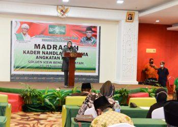 Wakil Gubernur Kepri, Marlin Agustina saat menghadiri acara Madrasah Kader Nahdlatul Ulama (MKNU) ke-2 Provinsi Kepri Angkatan 309, Jumat, 17 September 2021, di Hotel Golden Prawn, Batam. (Foto: Ist)